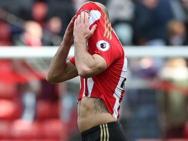 Sunderland pakt weliswaar een punt tegen West Ham United, maar wint weer niet. Degradatie komt steeds dichterbij voor The Black Cats, weet ook Darron Gibson. (15-04-2017)