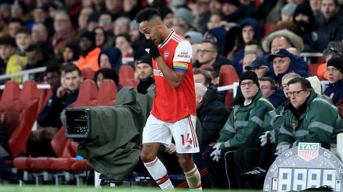 Pierre-Emerick Aubameyang musste offenbar während des Spiels auf die Toilette
