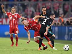 Dani Carvajal (r.) leistete sich mit Bayerns Franck Ribéry ein heißes Duell