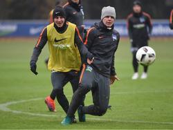 Florian Baak trainiert bereits mit den Hertha-Profis