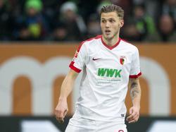 Jeffrey Gouweleeuw heeft opnieuw een basisplaats bij FC Augsburg. De verdediger maakte in januari 2016 de overstap naar de Duitse club. (17-12-2016)