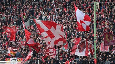 Der 1. FC Kaiserslautern bietet eine Einkaufshilfe an