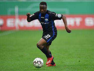 Bernard Tekpetey könnte bald wieder für Schalke auflaufen. © Getty Images/Bongarts/S. Franklin