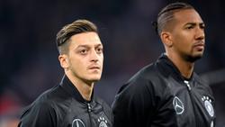 Mesut Özil (l.) und Jérôme Boateng spielten jahrelang gemeinsam in der Nationalmannschaft