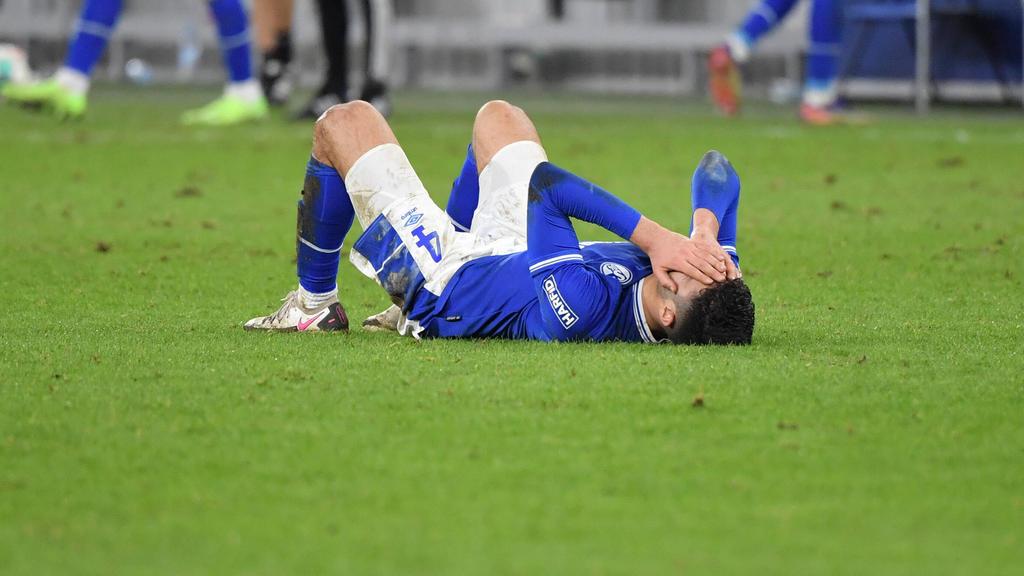 Der FC Schalke 04 hat im Kampf um den Ligaerhalt einen empfindlichen Rückschlag kassiert