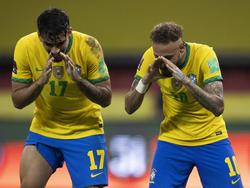 Neymar celebra de forma curiosa su tanto a Ecuador.