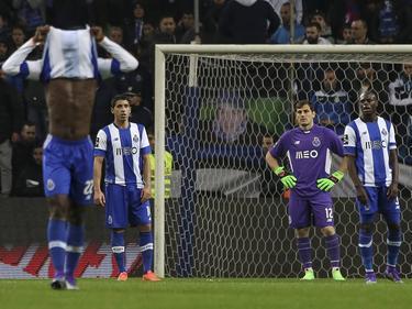 Iker Casillas encajó dos goles en casa ante el Arouca. (Foto: Imago)