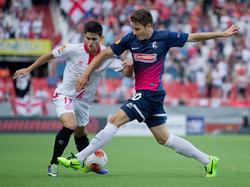 Jairo duelliert sich mit Christian Günter in der Europa League