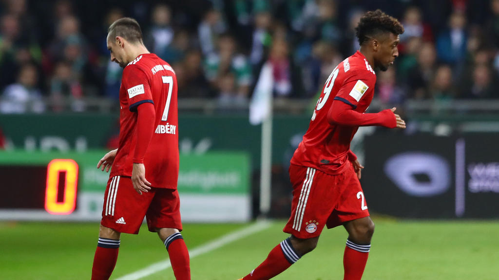Kingsley Coman (r.) mag die Vergleiche mit FC-Bayern-Altstar Franck Ribéry nicht