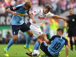 Louis Schaub (m.) erzielte beim 3:0-Erfolg gegen Paderborn den zweiten Treffer