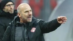 Bernhard Trares moniert, dass die Würzburger Kickers antreten müssen
