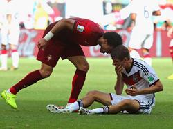 Pepe (izq.) y Thomas Müller