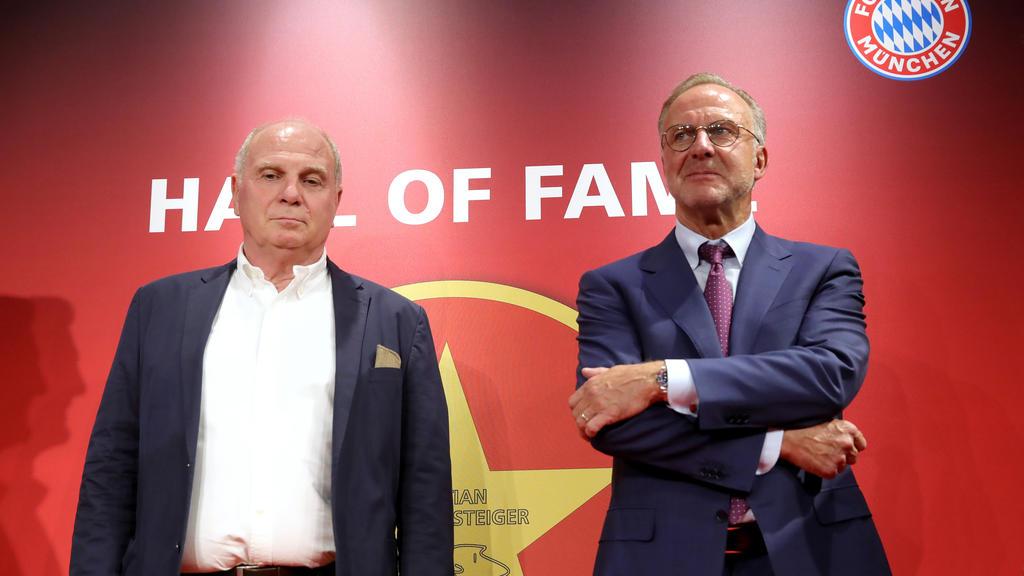 Uli Hoeneß (l.) und Karl-Heinz Rummenigge verfallen nicht in Panik