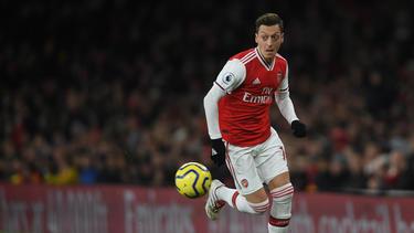 Zieht es Mesut Özil im Jahr 2020 zum MSV Duisburg