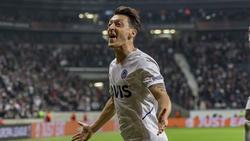 Mesut Özil erzielte gegen Eintracht Frankfurt die Führung