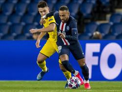 Neymar se marcha de Guerreiro del Dortmund.