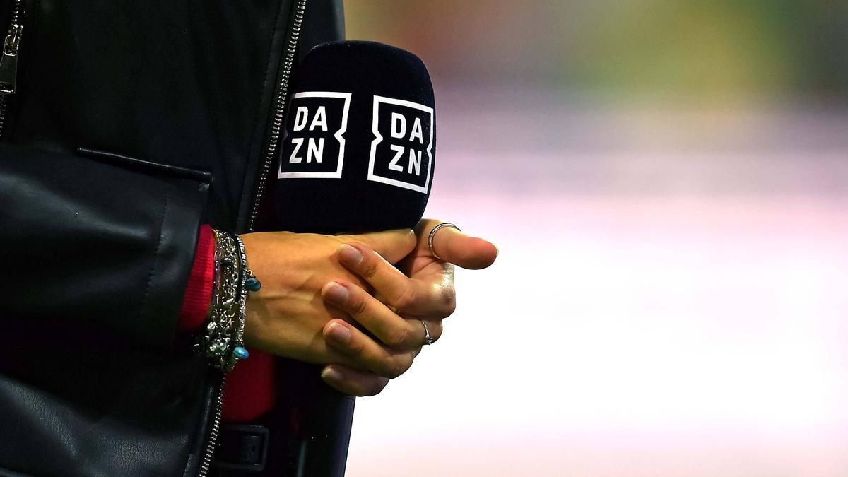 DAZN erntete wegen der technischen Probleme während des BVB-Spiels einen Shitstorm im Internet