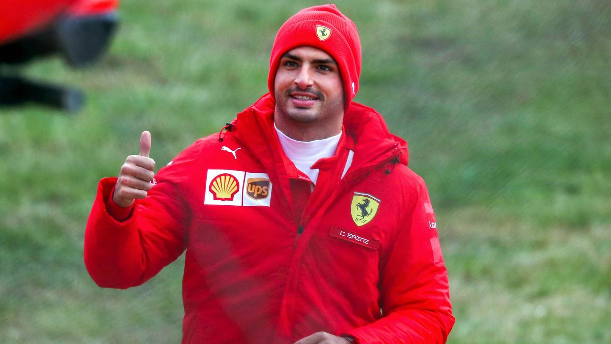 Carlos Sainz bringt eine spanische Biermarke als Sponsor mit zu Ferrari