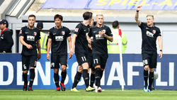 Der FC Augsburg hat seinen Auftaktfluch besiegt