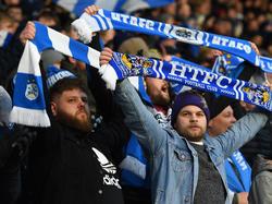 Die Huddersfield-Fans können sich über ein besonderes Geschenk freuen