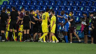Getafe (blau) und Villareal (gelb) schenkten sich nichts