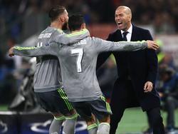 Cristiano Ronaldo celebra con Ramos y Zidane el gol del 0-1 en Roma. (Foto: Imago)