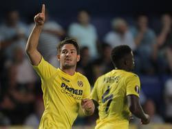 Pato brilló con un gol y una asistencia contra el Zúrich. (Foto: Getty)