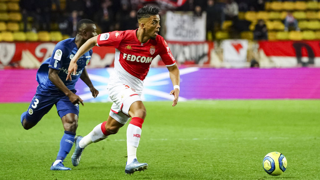 Benjamin Henrichs wird nicht zum ersten Mal beim FC Bayern gehandelt