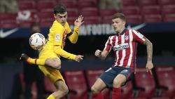 Kieran Trippier (r.) von Atlético Madrid bleibt gesperrt