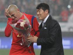 Bum Kun Cha (re.) freut sich nicht auf das WM-Spiel gegen Deutschland