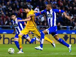 El Barça se está fijando en un lateral del Depor. (Foto: Getty)