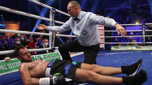 Dominic Bösel hat gegen Robin Krasniqi verloren
