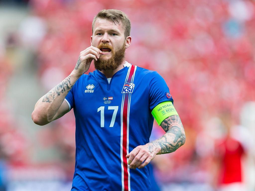 Island Frankreich Schiedsrichter