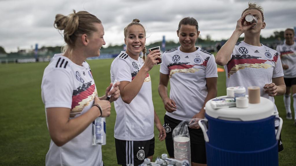 WM | Frauen: Die Trikots der Fussball WM 2019