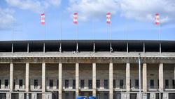 Das Olympiastadion ist zur Feier in den Union-Farben geschmückt