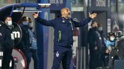 Liverani en el área técnica del conjunto de Parma esta temporada.