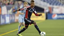 Juan Agudelo in actie tijdens New England Revolution - Sporting Kansas City. (02-11-2013)