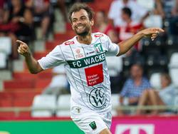 Bundesligist Wacker Innsbruck bindet den 29-Jährigen Alexander Hauser um zwei weitere Jahre bis Sommer 2016