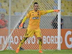 Diego Alves bajo los palos del Flamengo. (Foto: Imago)