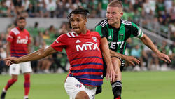 Justin Che (l.) vom FC Dallas könnte bald fest beim FC Bayern spielen