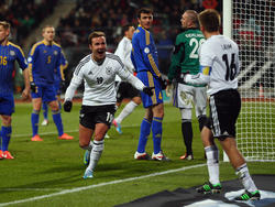 Götze bejubelt seinen Treffer zum 2:0