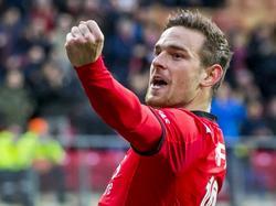 Vincent Janssen celebrando un gol con el Alkmaar. (Foto: ProShots)