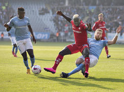Bengtsson fällt Kamara
