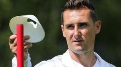 Beim FC Bayern München hat Miroslav Klose einen Zweijahresvertrag für die U17
