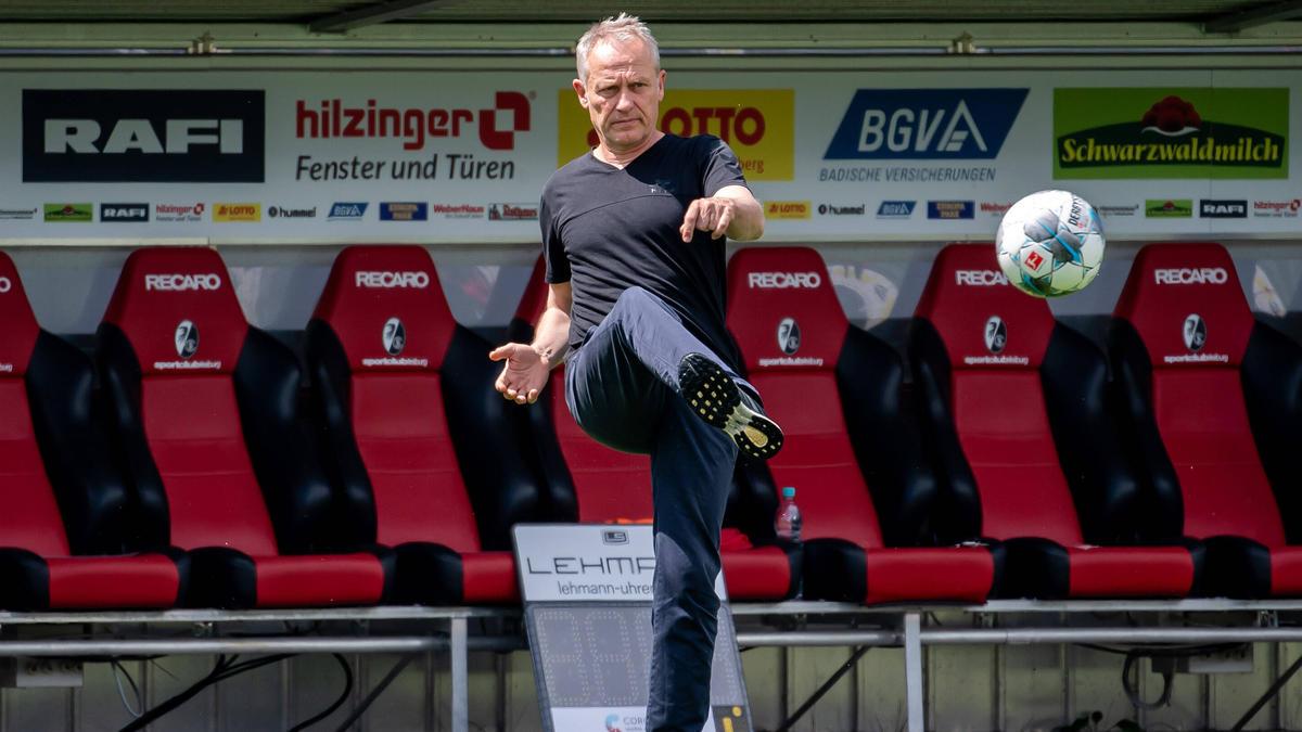 Bricht eine Lanze für die 50+1-Regel: Freiburg-Coach Christian Streich