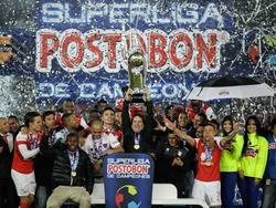 Santa Fe ist Superliga-Champion 2015