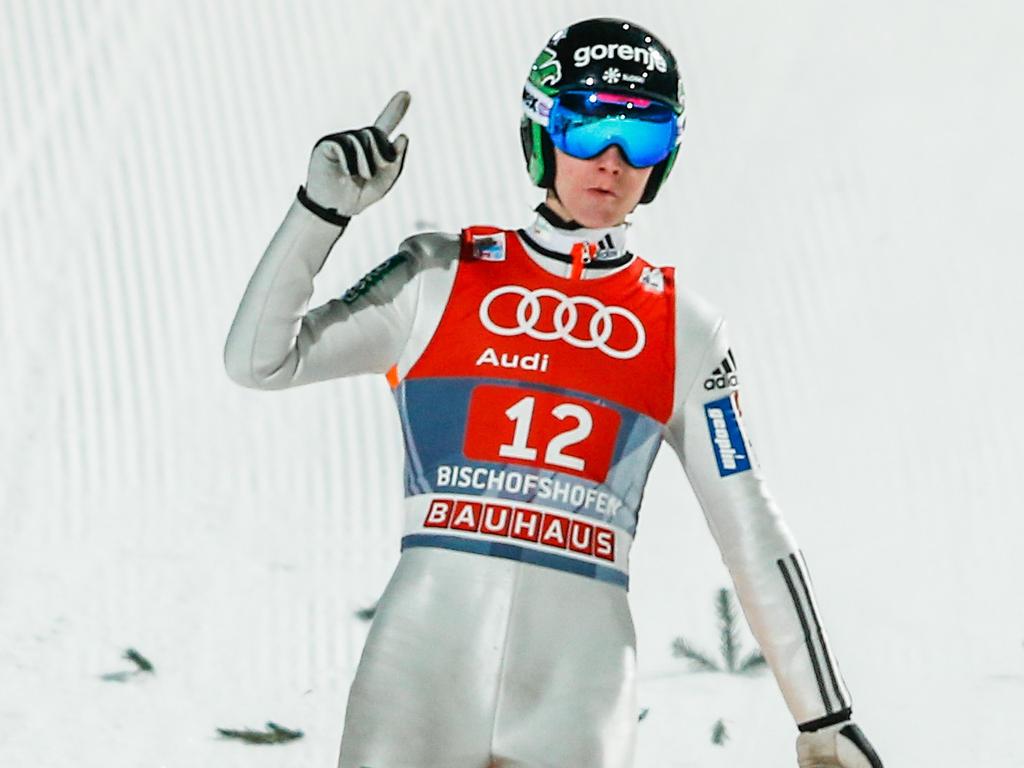 Domen Prevc gewinnt das Skispringen in Klingenthal und erobert das Gelbe Trikot