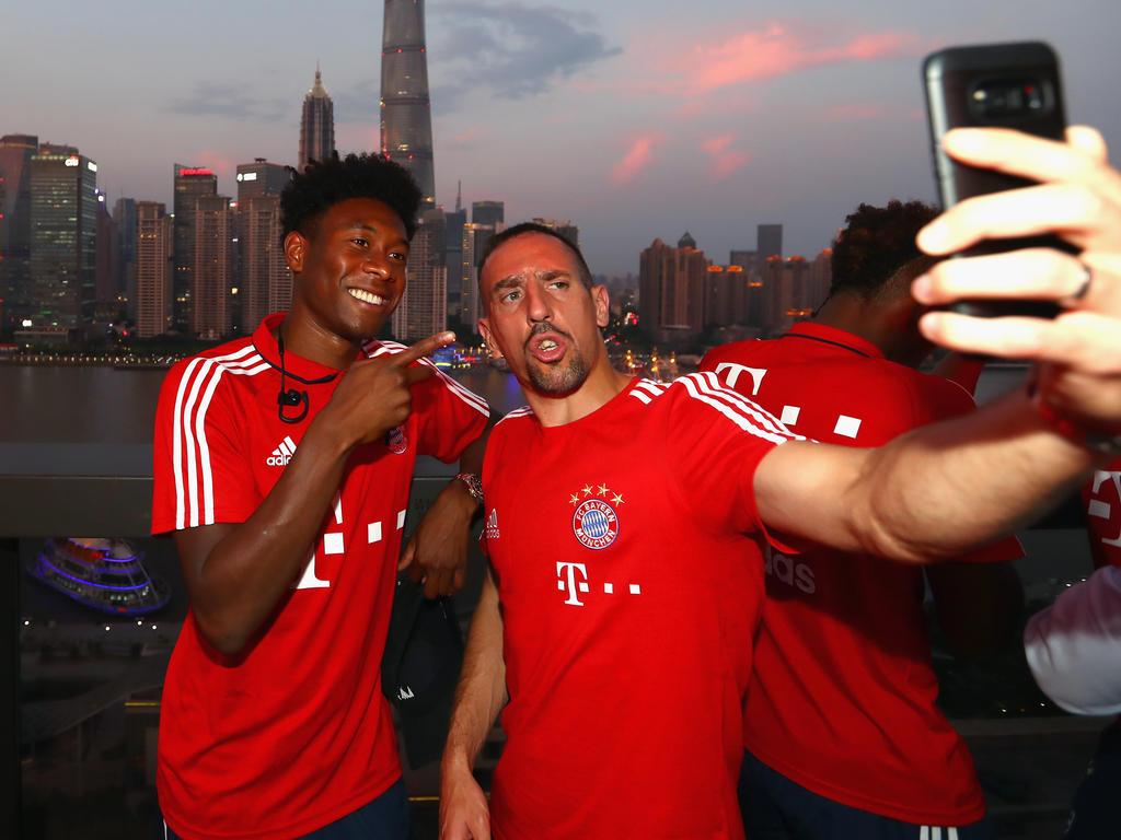 David Alaba (l.) wünscht sich einen Verbleib von Franck Ribéry