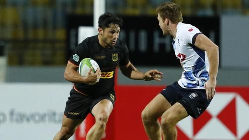 Carlos Soteras Merz (l.) vom deutschen 7er-Rugbyteam in Aktion