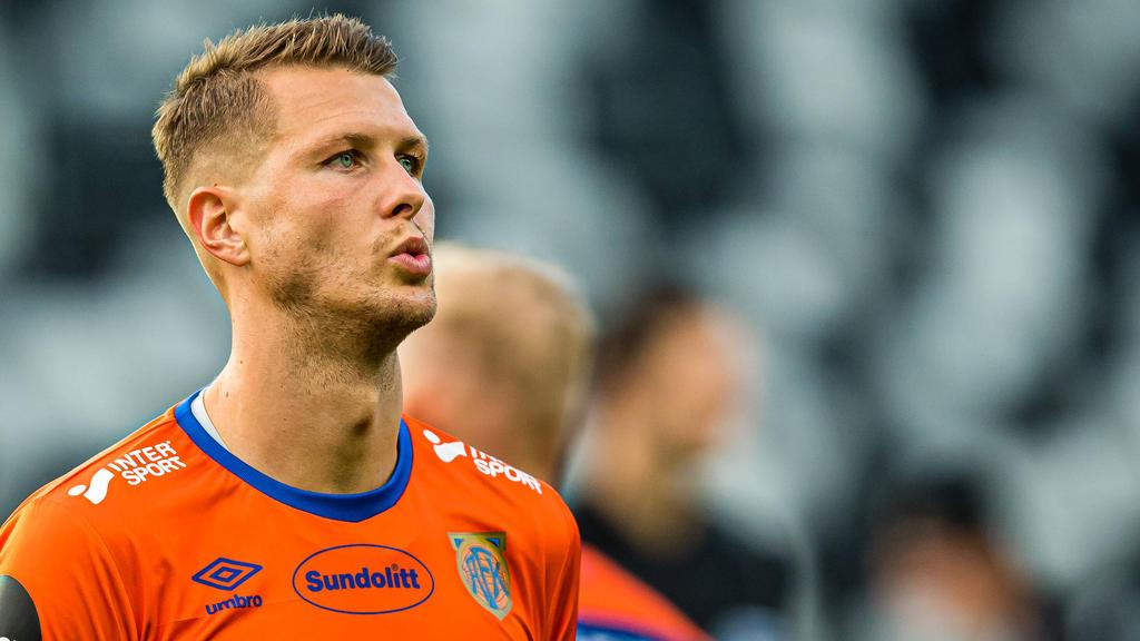 Holstein Kiel verpflichtet Holmbert Aron Fridjonsson
